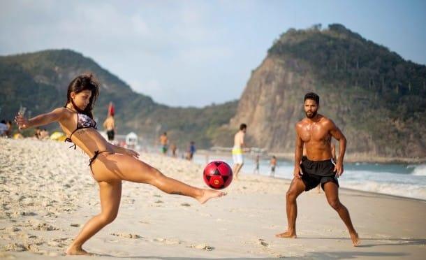 Capoeira, Samba, Drachenfliegen: Sportlich, Rio